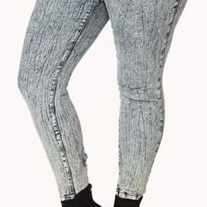 High Waisted Ankle Bow Jeans